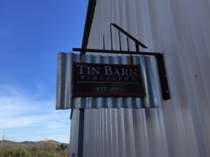 Welcome to Tin Barn Vineyards