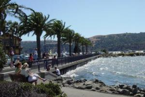 Benicia's beautiful waterfront promenade!